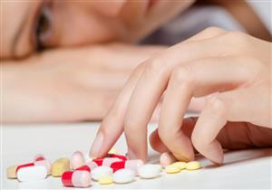 """غير فعّالة.. """"الصحة"""" تحذر من تناول المضادات الحيوية دون وصفة طبية"""