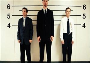 دراسة: طول القامة يحمي الرجال من الإصابة بالخرف