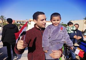 العائدون من الحجر الصحي يرون كواليس الـ14 يوم: الوصول لمصر أعاد الأمل إلينا