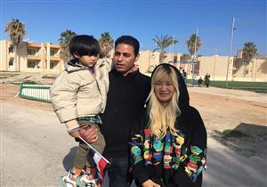 فيديو| مصري ينقذ زوجته الصينية من مدينة الأشباح.. كيف فعل ذلك؟