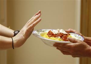 """هل ينتقل فيروس كورونا عن طريق الطعام؟.. """"الصحة العالمية"""" تجيب"""