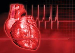 أبرزها القشعريرة.. علامات تنذرك بالنوبة القلبية قبل حدوثها بشهر