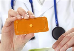 للسيدات.. إليكِ أنواع وسائل منع الحمل الطارئة وأبرز آثارها الجانبية