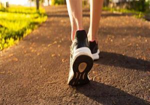انتبه.. المشي 10 آلاف خطوة  يحرق 500 سعر حراري فقط