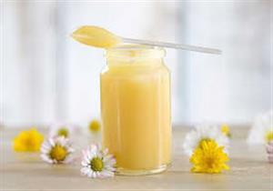6 فوائد صحية لغذاء ملكات النحل.. كيف تتجنب أضراره؟