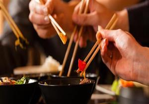 هل ينتقل فيروس كورونا من خلال الطعام الصيني؟