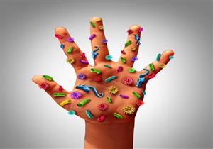 تلمسها يوميًا.. 6 أشياء تحوي آلاف الجراثيم (صور)