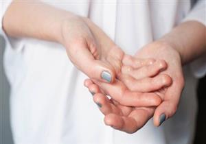 غسل اليدين باستمرار يعرضها للجفاف.. هكذا تحافظ على ترطيبها (فيديوجرافيك)
