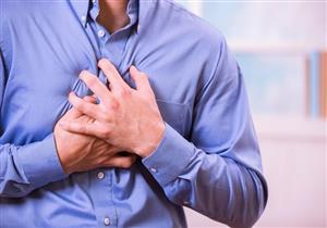 بخلاف أمراض القلب.. 4 أسباب أخرى وراء الشعور بآلام الصدر (فيديوجرافيك)