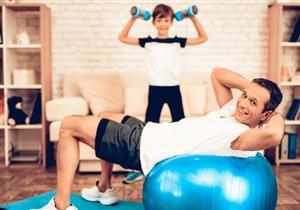الرياضة في زمن كورونا.. 5 طرق تحفّزك على ممارستها في المنزل