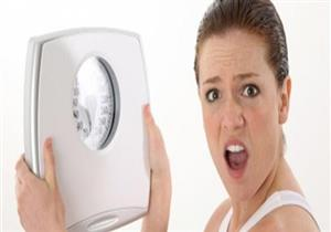 منها ابتلاع كرات القطن.. أخطر 5 طرق لفقدان الوزن (صور)