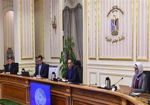 رئيس الوزراء يُصدر قرارًا جديدًا بتعديل مواعيد الحظر