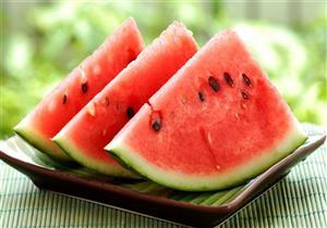 رغم فوائده المتعددة.. 4 فئات ممنوعة من تناول البطيخ