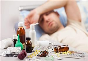 منها الصداع.. أعراض تنذرك بضرورة تطبيق العزل المنزلي