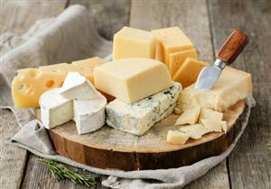 ماذا يحدث لجسمك عند تناول الجبن يوميًا؟
