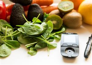 غنية بالكربوهيدرات.. فواكه وخضروات يحظر على مرضى السكري الإفراط فيها