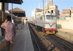 قبل عيد الأضحى.. كيف تتجنب الإصابة بكورونا عند السفر بالقطار؟