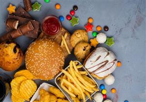 انتبه.. 5 علامات تنذرك بتناول كمية كبيرة من الدهون يوميًا (صور)