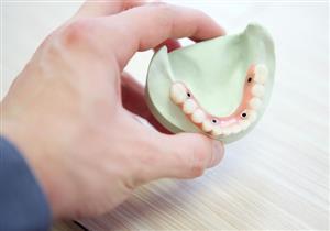 هل تنظفها مرة واحدة يوميًا؟.. 6 أخطاء تهدد صحة أسنانك بالتسوس