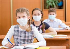 5 ضوابط لارتداء الأطفال للكمامات في المدراس.. هل الأقنعة القماشية مناسبة؟
