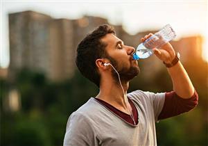 ما المدة التي تستطيع العيش خلالها بدون ماء؟.. إليك ما يحدث بجسمك