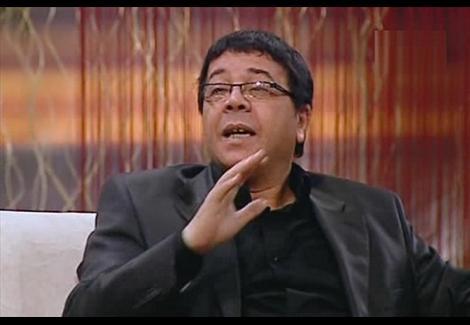 أحمد آدم: من يستطيع أن يجمع 40 مليون شخص في 3 دقائق هو رئيس مصر