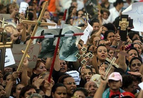 أقباط مصر : نصرتهم ''الملكية'' وظلمتهم ''الجمهورية''