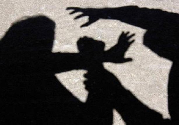 اندبندنت: اغتصاب فرنسية مسنة طلبت من مجموعة شباب التزام الهدوء