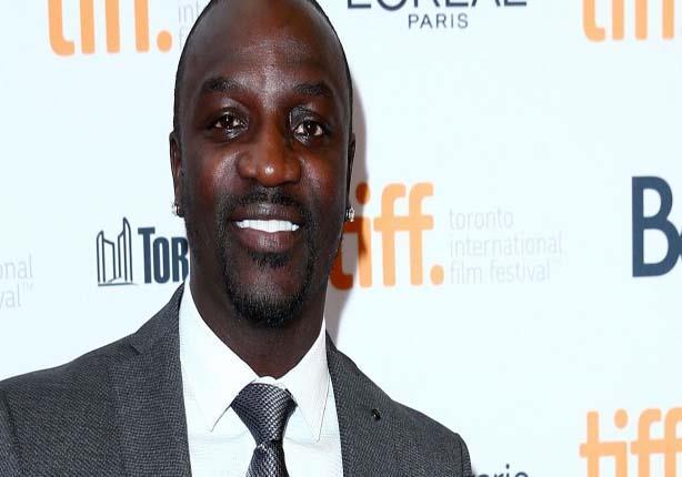 21ab0ddbb نقل مغني الراب الأمريكي إكون معتقداته الدينية في أغانيه، ففي أغنيته  ''سنغال'' أو Senegal، يذكر لفظ الجلالة ''الله''.