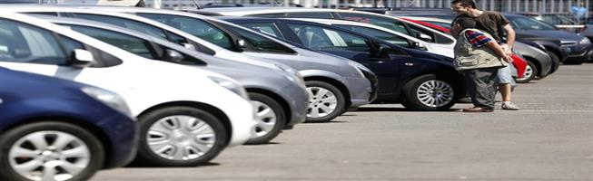"""شعبة السيارات باتحاد الغرف التجارية للمواطنين: """"الوقت مناسب للشراء"""""""
