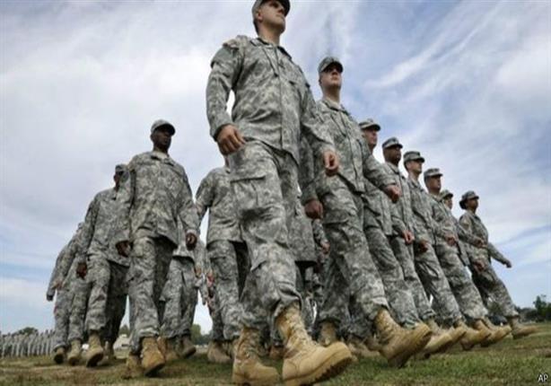 من أين جاءت عبارة  أحذية عسكرية على الأرض؟