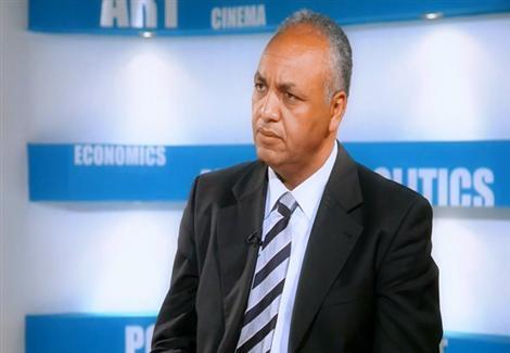 مصطفى بكري لـ باسم يوسف: لو كنت مصريا لما تجرأت أن تسخر من القوات المسلحة