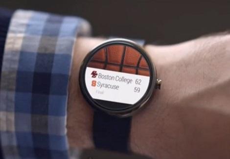 ساعة ذكية يتم شحنها بواسطة حركة اليد