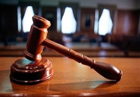 حقوقيون: السلطة لن تقبل فكرة المحاكمة على جرائمها