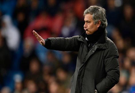 مورينيو: تشيلسي قد يدفع بمجموعة من البدلاء أمام ليفربول
