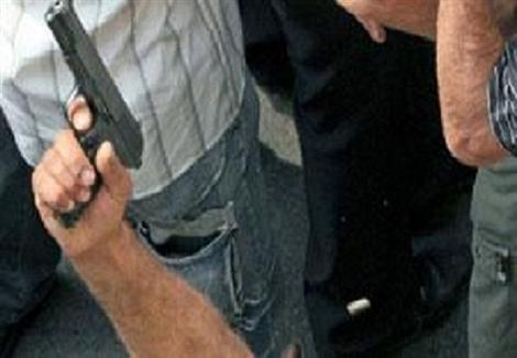 إصابة شخصين في مشاجرة بالرصاص بين عائلتين بالجيزة.. والدفع بتعزيزات أمنية