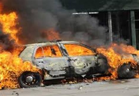 عاطل يشعل النار في 3 سيارات لخلافات مع أسرة زوجته بالإسكندرية