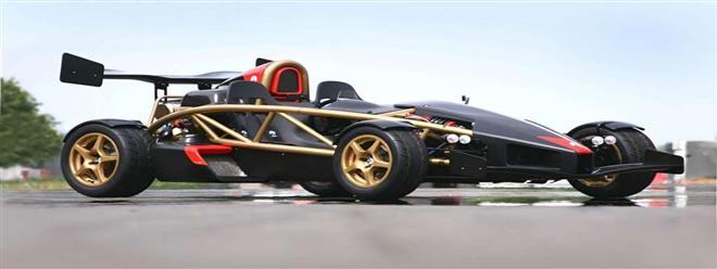 سيارة بصفات فورمولا 1 ومخصصة للطرق العادية