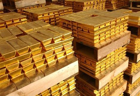 توقعات بارتفاع الذهب مدعوماً باسقاط الطائرة الماليزية