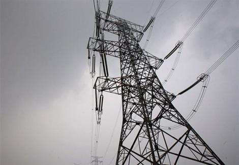 الحكومة تكشف موقفها من تخفيف الأحمال الكهربائية خلال الصيف
