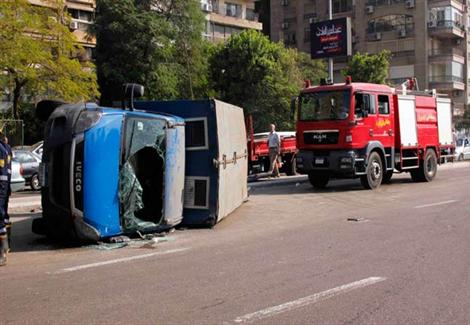 """""""صحة الإسكندرية"""": انقلاب سيارة مساجين ونقل شخصين لمستشفى العامرية العام"""