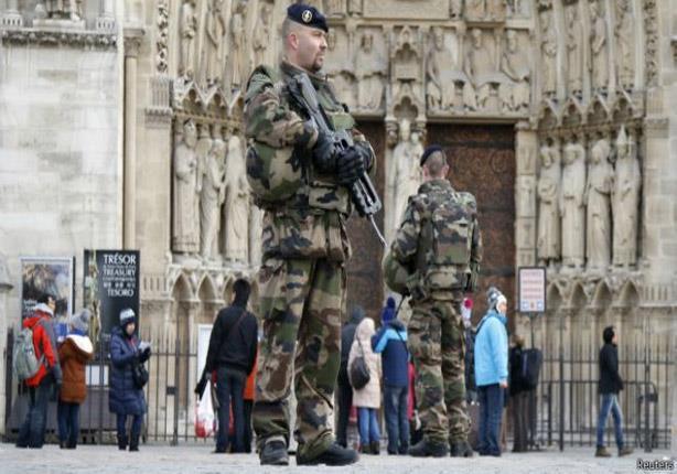 """القبض على 5 من أصول شيشانية في فرنسا """"خططوا لشن هجمات"""""""