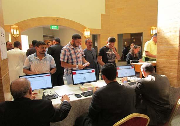 الخارجية : إقبال متوسط من المصريين فى الانتخابات بالخارج
