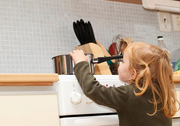 سُبل بسيطة لتجنب أخطار المطبخ