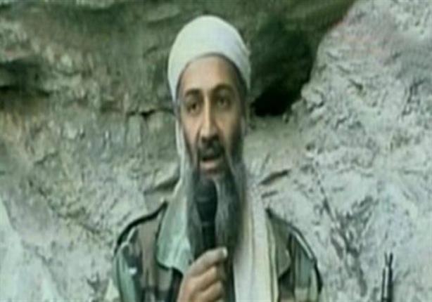 يمجد أعضاء المنتدى على الانترنت أسامة بن لادن.