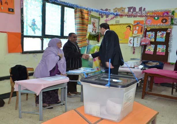 رئيس أركان المنطقة الشمالية يتفقد العملية الانتخابية بدمنهور