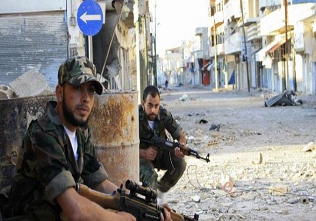 """صور """"نساء فاتنات"""" مزيفة لسرقة بيانات المعارضة السورية"""