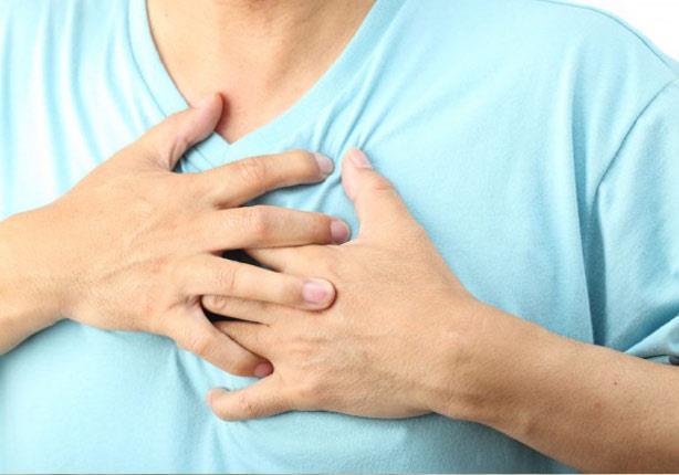 لا تشبه السكتات الشائعة.. أعراض تكشف إصابتكِ بالنوبة القلبية الصامتة