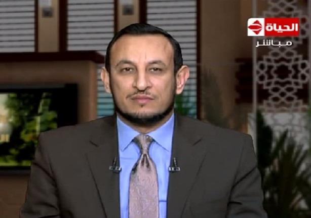 رمضان عبد المعز - العمل والدعاء لكف البلاء عن الناس