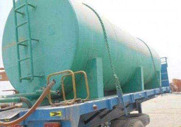 مسلحون يستولون على سيارة مياه حكومية تحت تهديد السلاح بالعريش